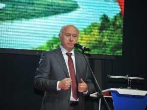 """Николай Меркушкин оценил проекты, которые были представлены на выставке форума """"Линия успеха"""""""